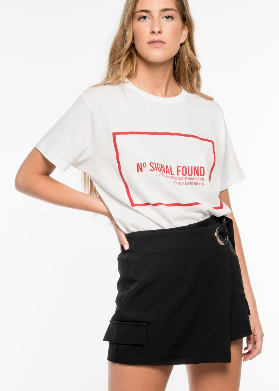 RED TEXT T-SHIRT