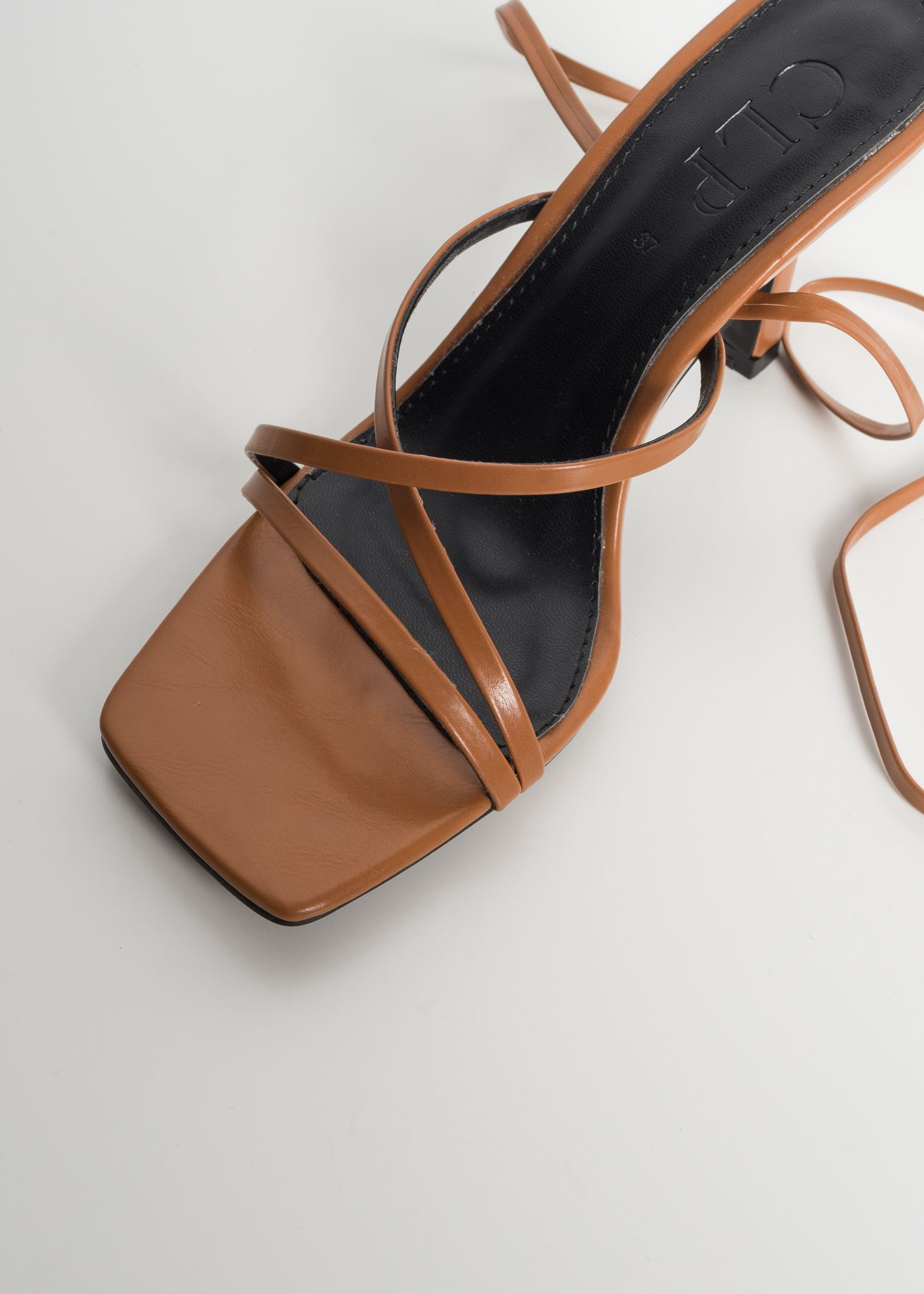 SANDALS WITH TIED THIN STRAPS
